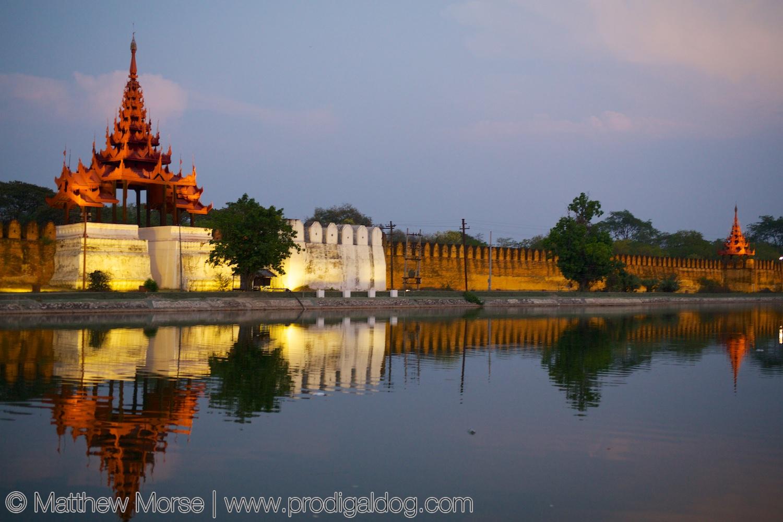 Mandalay Palace - Wikipedia
